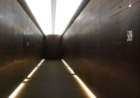 corredor_iluminado
